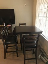 Table & 4 chairs in Spring, Texas