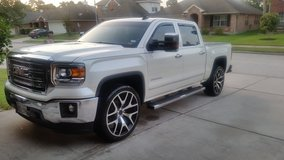 24 inch wheels/tires in Spring, Texas