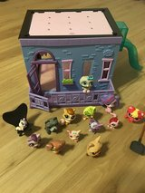 Littlest pet shop house set and pets in Ramstein, Germany