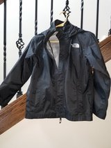 Boys North Face light weight jacket size 10/12 in Morris, Illinois