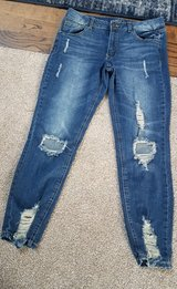 Rue 21 size 12 skinny stretch jeans in Morris, Illinois