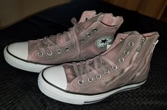 Converse pink high tops~NEW size 10 in Travis AFB, California