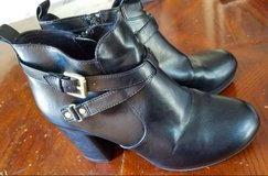 Christian Siriano Heeled boots size 10 in Travis AFB, California