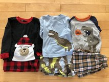Boy 4T Pajamas in Joliet, Illinois