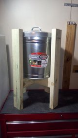 New  10 Gallon Locking  Lid  Dry Storage Container with Stand in Warner Robins, Georgia