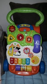Baby Walking and Learning Toy in Grafenwoehr, GE