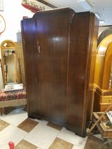 Antique Oak Wardrobe in Fort Leonard Wood, Missouri