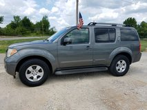 2006 NISSAN PATHFINDER 4WD in Fort Leonard Wood, Missouri
