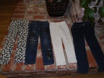 Girls Size 6 pants in Travis AFB, California
