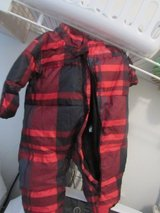 baby snow suit like new just washed in Alamogordo, New Mexico