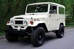 1970 Toyota Land Cruiser FJ40 HardTop in Fort Bragg, North Carolina