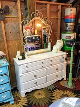 nice clean princess dresser with mirror in Cherry Point, North Carolina