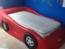 Little Tikes Twin Car Bed in Bolingbrook, Illinois