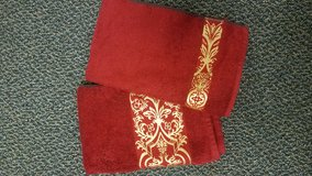 Luxurious Hand Towels / Guest Towels in Kingwood, Texas