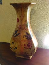 Nice Vase in Lackland AFB, Texas