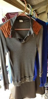 Mens Small Sweater in Kingwood, Texas