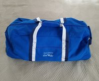 Stylish Davidoff Cool Water Bag w/wheels - Medium in Okinawa, Japan