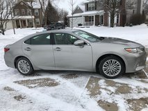 2015 Lexus ES 350 with Luxury Package in Naperville, Illinois