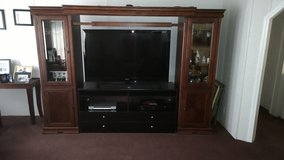 Entertainment Center (Quick Sale) in Moody AFB, Georgia