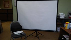 Epson Projector with portable 85'' screen in Warner Robins, Georgia