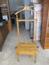 Vintage Valet Butler Gentleman's Solid Wood Dressing Chair with Storage Seat in Plainfield, Illinois