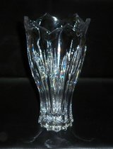 Beautiful Cut Glass Vase in Chicago, Illinois