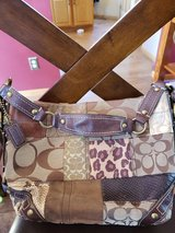 COACH F0773 11498 BROWN PATCHWORK HANDBAG in Fort Leonard Wood, Missouri