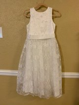 A line Wedding Lace Flower Girl Dress with Belt size 6 in Kingwood, Texas