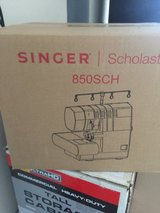 Singer Scholastic Serger 850SCH Reduced in Cherry Point, North Carolina