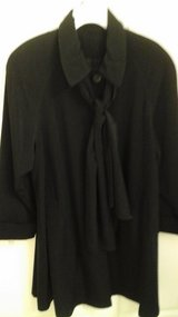 Womens  Size Medium  Black Dress Coat Light Weight In Excellent condition in St. Charles, Illinois