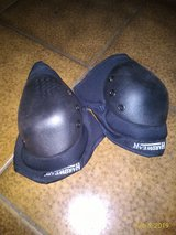 Like New Knee Pads Sz. Large in Ramstein, Germany