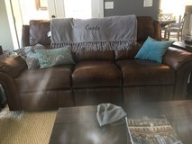 Like new leather couch in Byron, Georgia