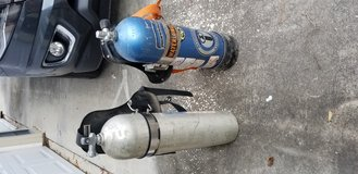 Oxygen tanks for scuba diving in Kingwood, Texas