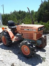 Kubota B7200 Diesel Tractor 4WD with implements in Alamogordo, New Mexico
