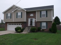 1222 Shorehaven, 4bed/3bath in Fort Campbell, Kentucky