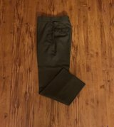 Green trousers size 31R in Okinawa, Japan