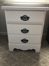 Night stand/end table in Quantico, Virginia