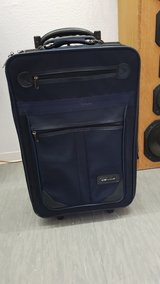 suitcase in bookoo, US