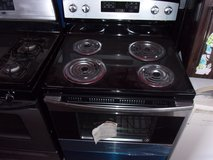 Brand New Amana Electric Stove in Fort Riley, Kansas