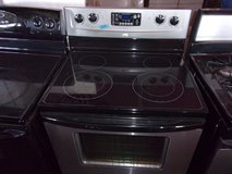 Whirlpool Glass Top Electric Stove in Fort Riley, Kansas