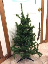 3' Christmas tree in Glendale Heights, Illinois