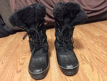 Women's Black Boots by Khombu Sz. 9 in Naperville, Illinois