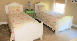 Twin beds, White, with mattress and box springs in Beaufort, South Carolina