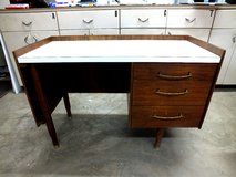 Nice Office Den or Computer  Desk Only $15.00 in Alamogordo, New Mexico