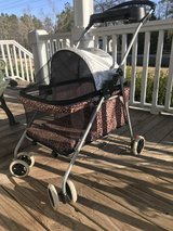 Small dog stroller/carrier/ leopard print in Camp Lejeune, North Carolina