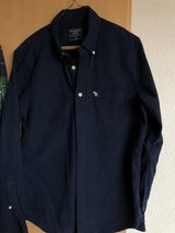 Abercrombie Shirt w/long sleeves, Size M in Ramstein, Germany