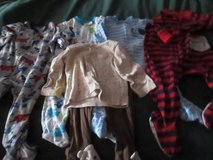 5 BABY BOY SLEEPERS SIZE 6-9M NO STAINS in Cleveland, Texas