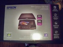 Epson Perfection V550 Photo scanner in Houston, Texas