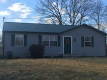 3 bedroom/1 bath fenced yard ~ 15 min to post in Fort Campbell, Kentucky
