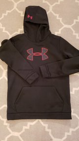 Under armour sweatshirt  YXL in Joliet, Illinois